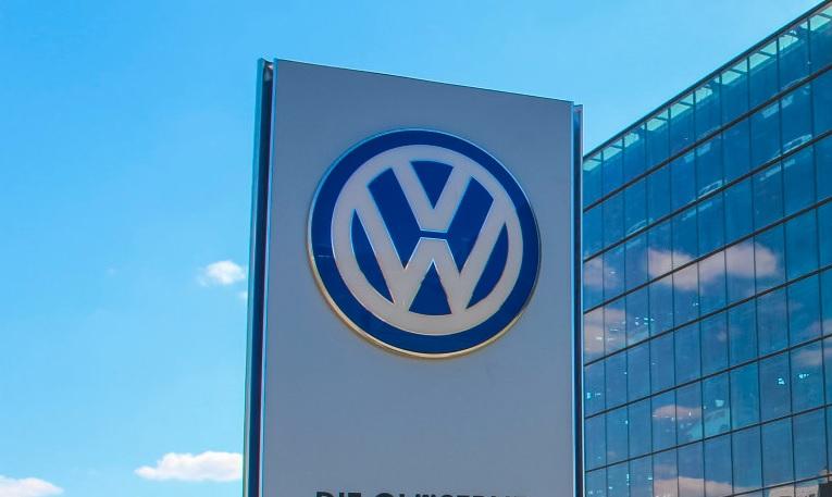 19-06-VW-tab-efb.jpg